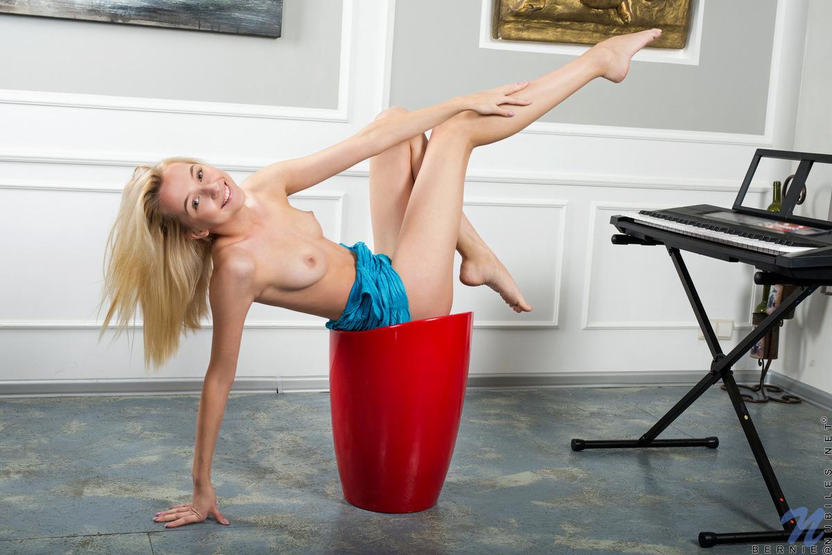Top Porn Images bonnie simon naked